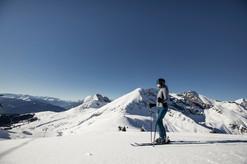 meran_2000_winter_skifahren_bergkulisse_