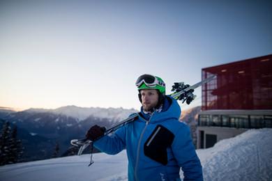 Meran_2000_winter_berg_bahn_skifahren