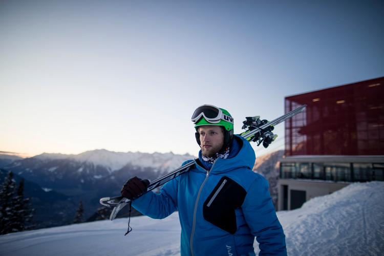 Meran_2000_winter_bergbahn_skifahren
