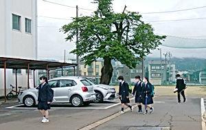 02.5.23十日町高校.jpg