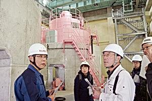 01.11.30湯沢発電所_web今週の記事.jpg