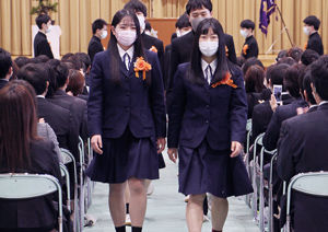 03.3.6十日町高校卒業式.jpg