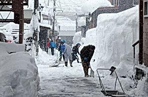 十日町豪雪1_加賀糸屋町.jpg