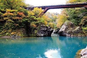 02.10.31猿飛橋.jpg