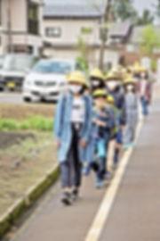 02.5.16授業再開登校.jpg