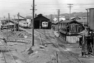 02.7.4昭和・十日町駅1.jpg