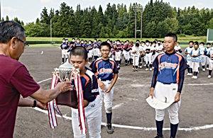 02.8.29少年野球西小.jpg