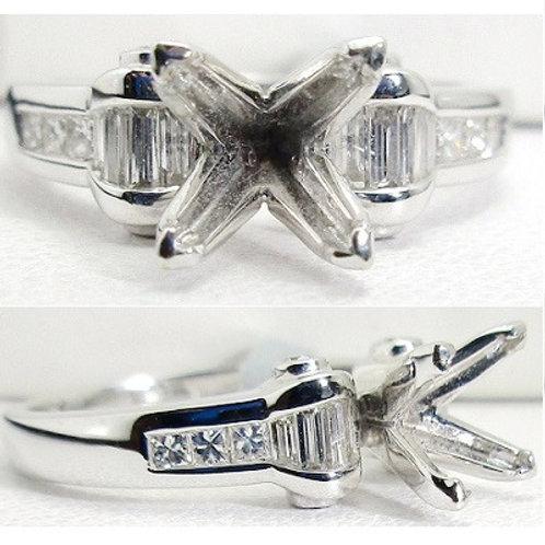 18K White Gold & Diamond Engagement Ring
