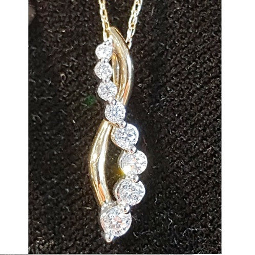 14K gold and diamond Interwoven pendant