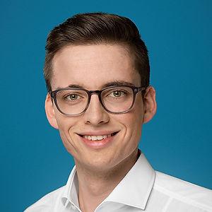 3 Gregor Schwung - Social Media Team.jpg