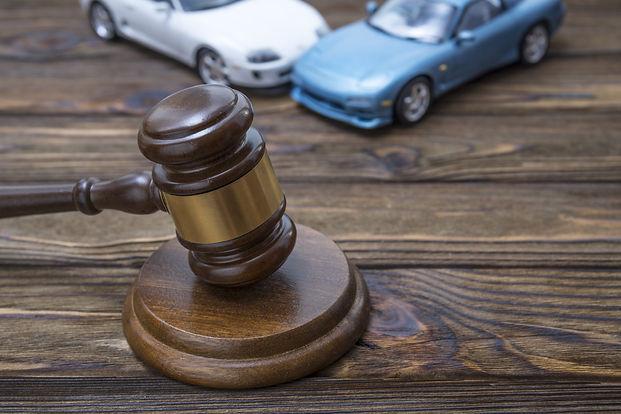 法律事務所で民事訴訟の相談