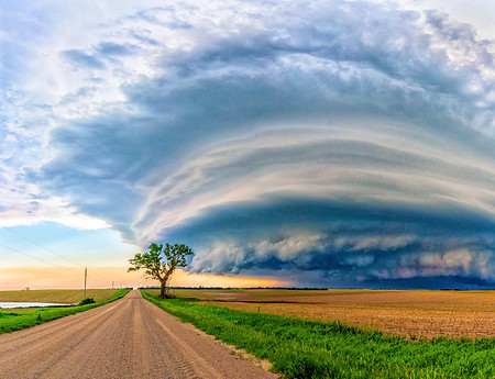 Road to a storm