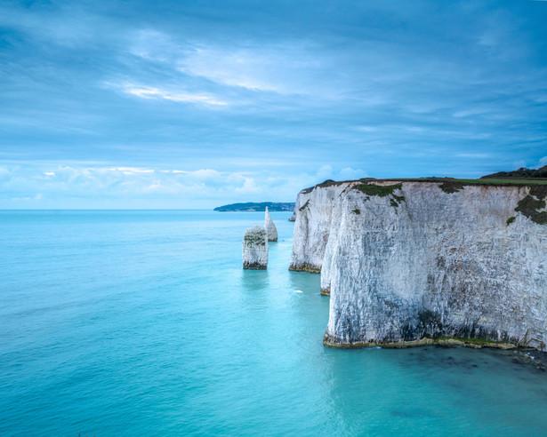 Seastacks and cliffs