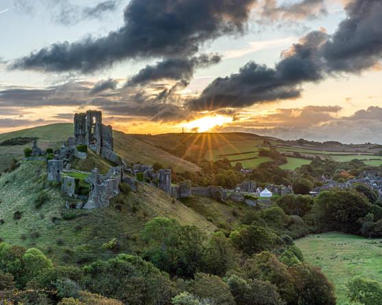 Sunrise at Corfe Castle