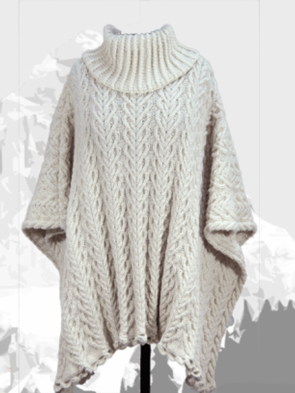 "Poncho ""Larch"", Royal Alpaca undyed"