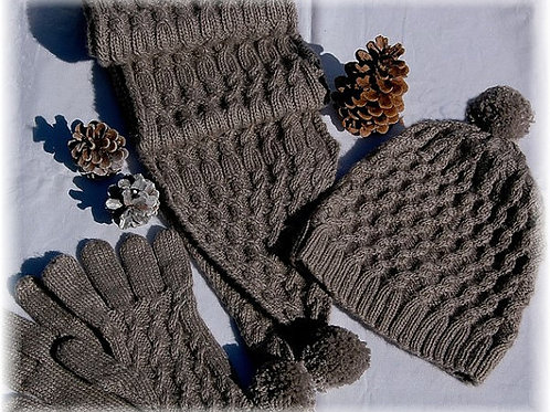 "Scarf, Hat & Gloves ""Campania Island"" Qiviut Blend"