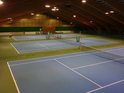 Tennishalle innen