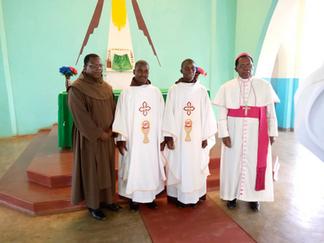 Ordenación Sacerdotal de Fr Paul Chitende, OCD y Fr Stephano Kamwaza, OCD.
