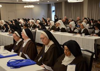 Encuentro Madres Carmelitas EEUU con N.P.General