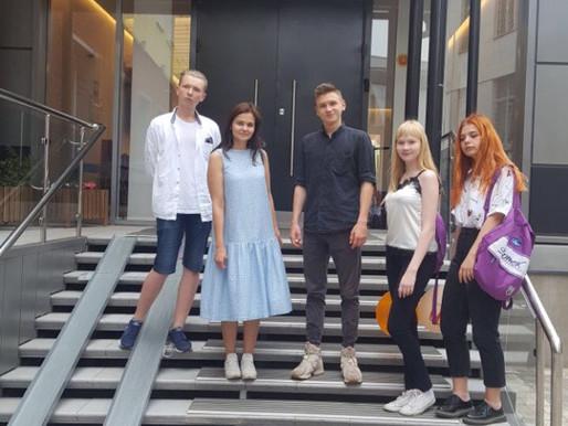 С командой учеников во ФРИИ