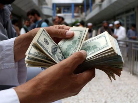 Dollar Gains Ground on U.S. Stimulus Hopes
