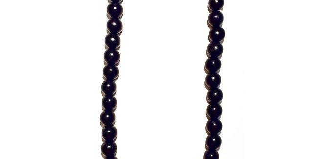Black Round Beaded Necklace
