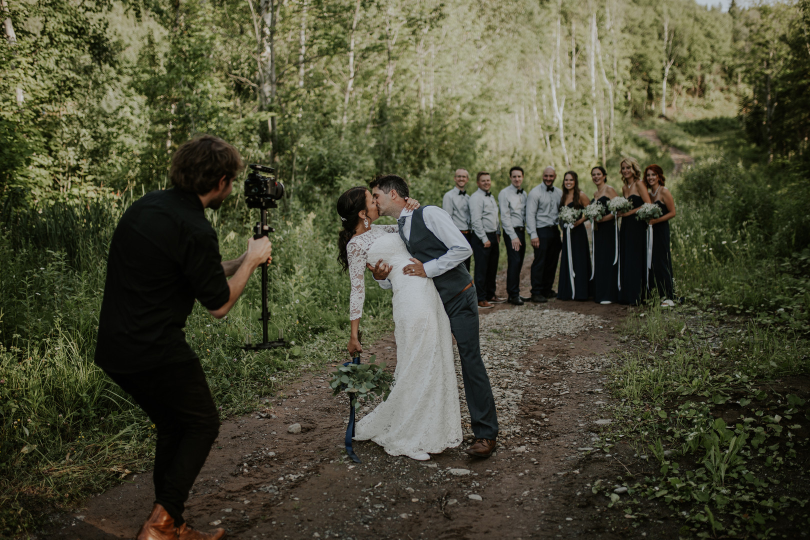 Aura wedding videographer & photographer - Ottawa Gatineau - Montreal - Laurentides - Wedding film - video de mariage - photgraphe de mariage