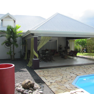 Villa et studio accolé à Sainte-Rose