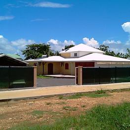 Trois villas à Baie-Mahault
