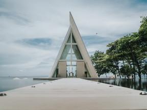 Conrad Bali-Infinity Chapel
