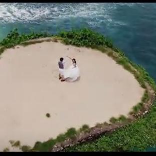 バリ島ウェディング<ヴィラウェディングシネマ>