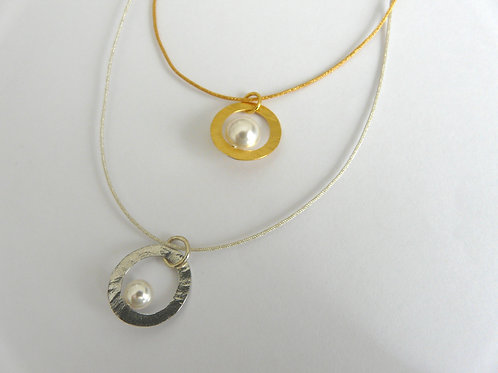 Silver and silk necklace, with pearl
