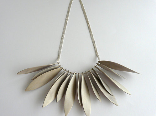 Silver necklace with acacia
