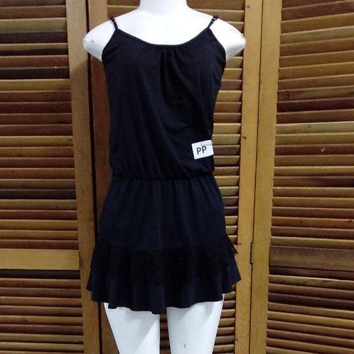 Vestido Mini preto com detalhes de renda nas costas