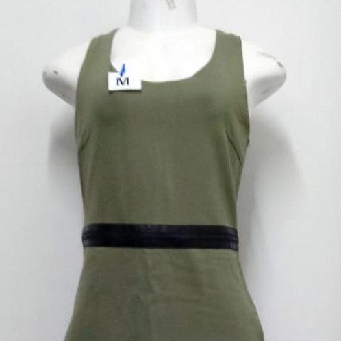 Vestido verde com zíper na cintura