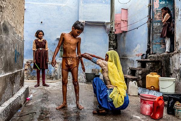il bagno prima della scuola.jpg