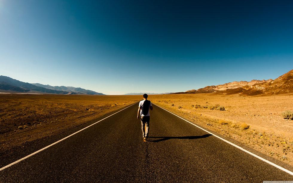 man_on_the_road-3840x2400.jpg