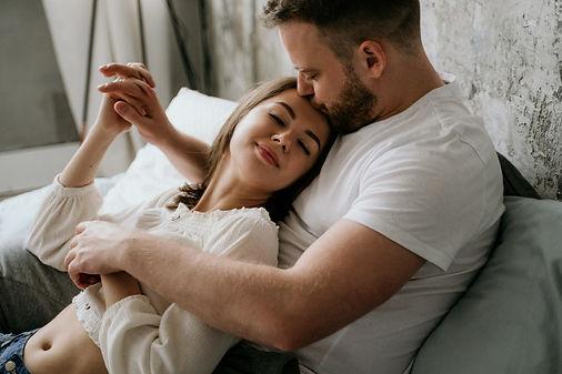 couple-love-bedroom-slender-brunette-sty