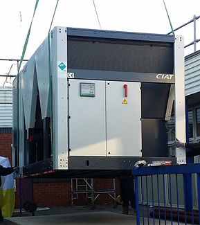 Roof mounted chiller