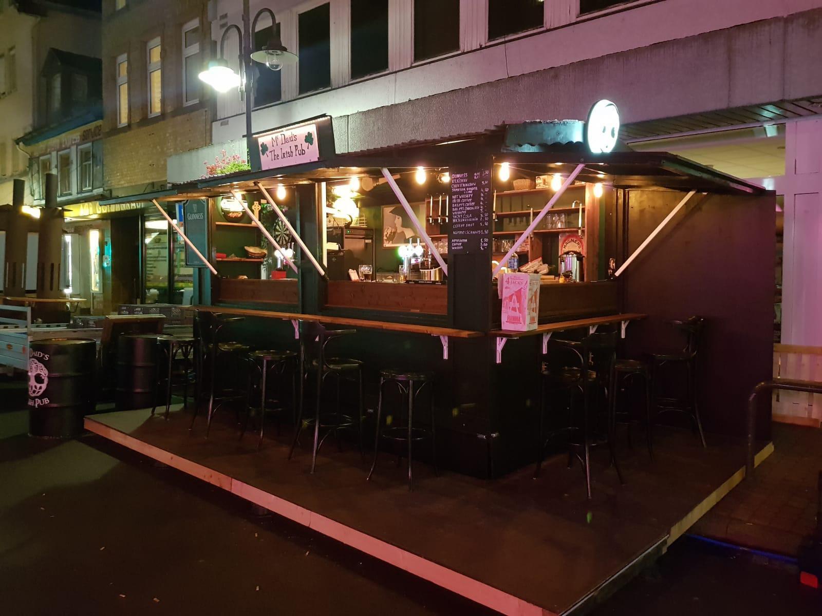 Mobile Irish Pub inklusive 2 Bedienungen