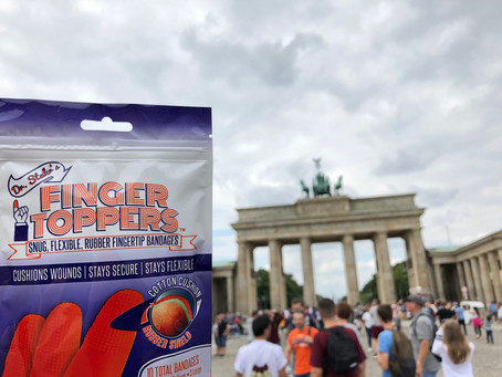 FINGERTOPPERS GOES TO THE FATHERLAND!