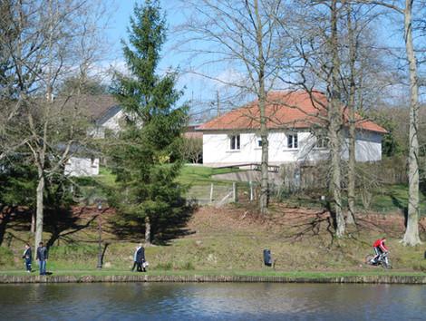 La Maison du Lac 1