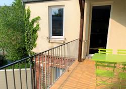 2de terrasse : vue sur un jardin arboré