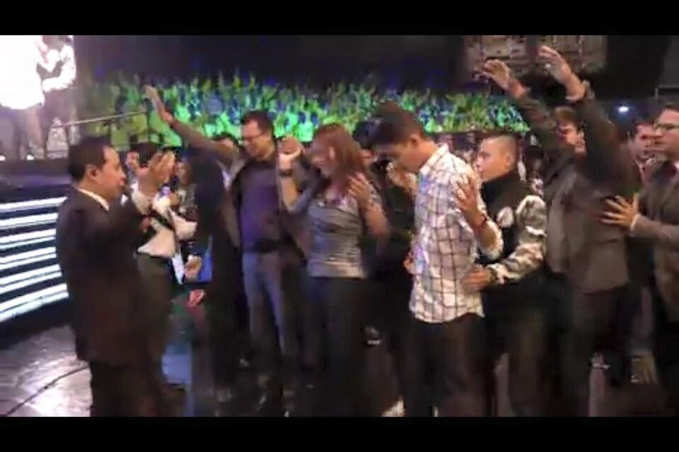 Pastores-Omar-&-Diana-Corredor-9