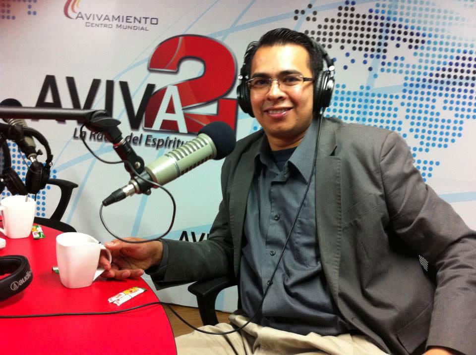 Pastores-Omar-&-Diana-Corredor-14