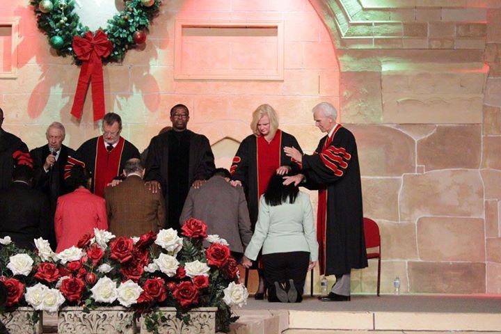 Pastores-Omar-&-Diana-Corredor-2