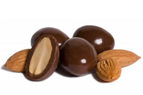 Миндаль в молочной шоколадной глазури