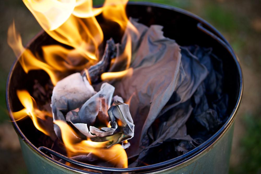 Brûler vos souvenirs douloureux