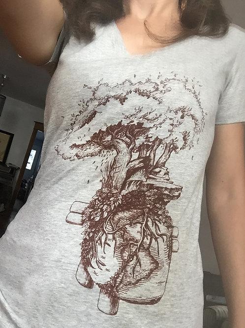Heart Earth v-neck shirt