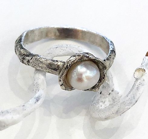 Reticulated Silvering with Pearl